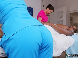 Asian Massage With A Happy Ending – FuckyFucky