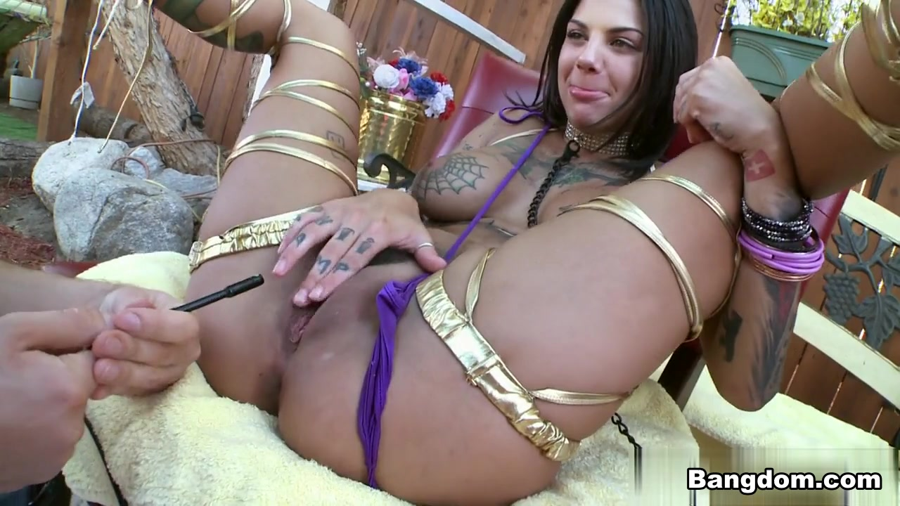 Bonnie Rotten in Bonnie Rotten gets her asshole blown out Video