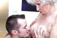 Grannys hairy pussy gets a warm visit from boy