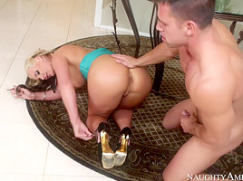 Phoenix Marie & Johnny Castle in Naughty Rich Girls