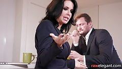 Squirting Veronica Avluv assfucked from behind