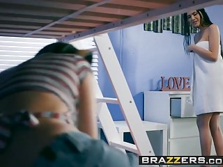 Brazzers – Big Tits at School – Bunk, Bed and Bang scene st