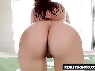 RealityKings – Monster Curves – Sex Symbol