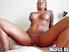 Mofos – I Know That Girl – Britney Shannon – Jizz on My Tats