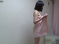 Peeping the shower of slender babe Yua Nanami.