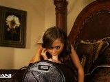 Riley Reid rides that sybian so hard!