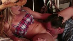 Wicked – Hot cowgirl Aj Applegate