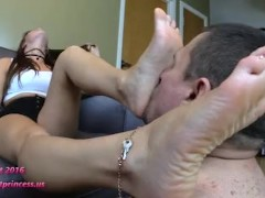 Best Foot worship Teen Girl